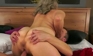 Heavy granny rides cock after pussyplay